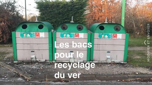Bac pour le recyclage du verre