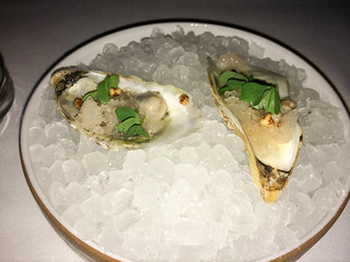 Oyster – Baked potato ice cream and caviar