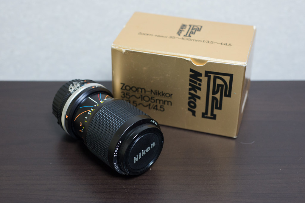 Zoom-Nikkor 35-105mm F3.5-4.5