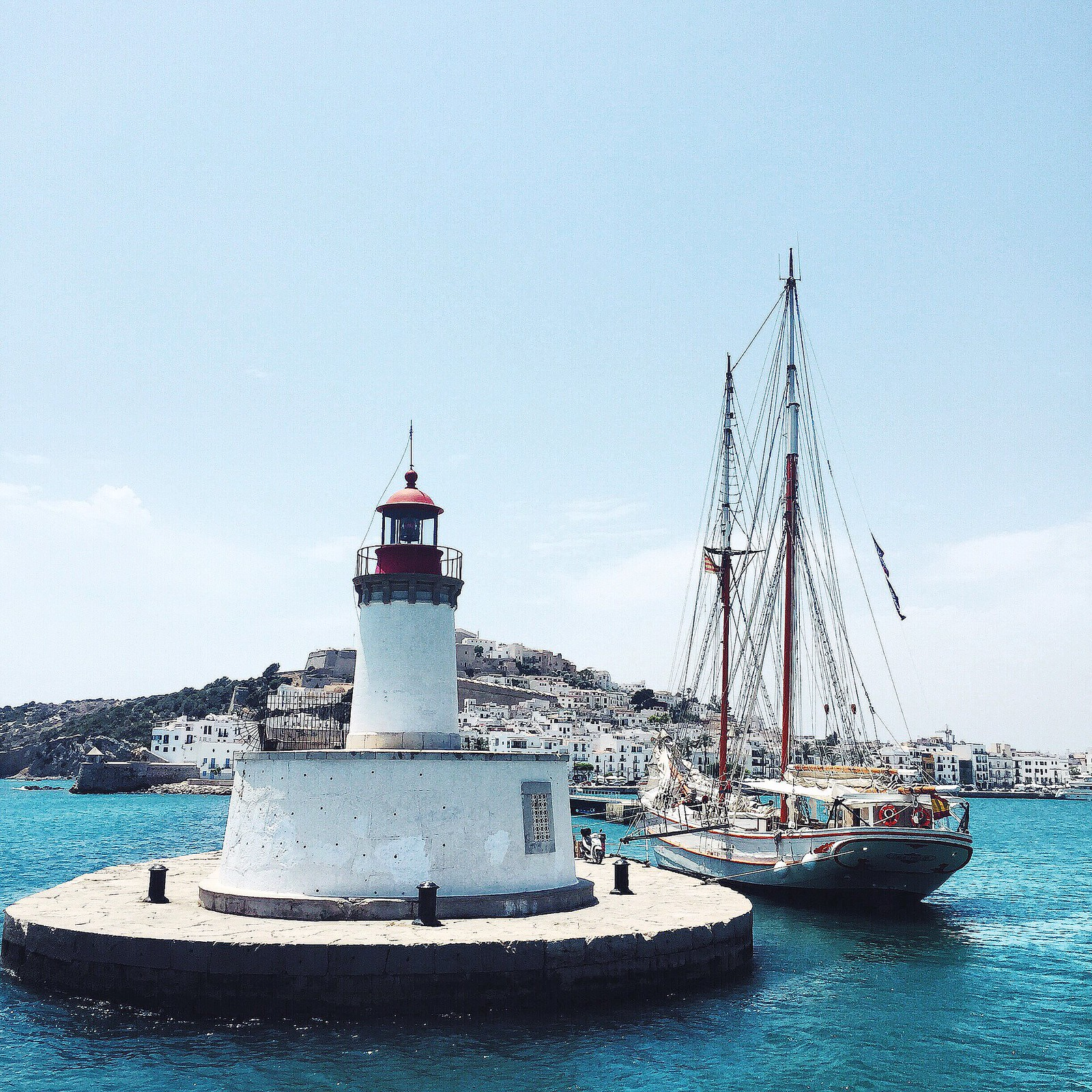 _ilcarritzi_formentera_ibiza_mediterraneo_lifestyle_lighthouse_