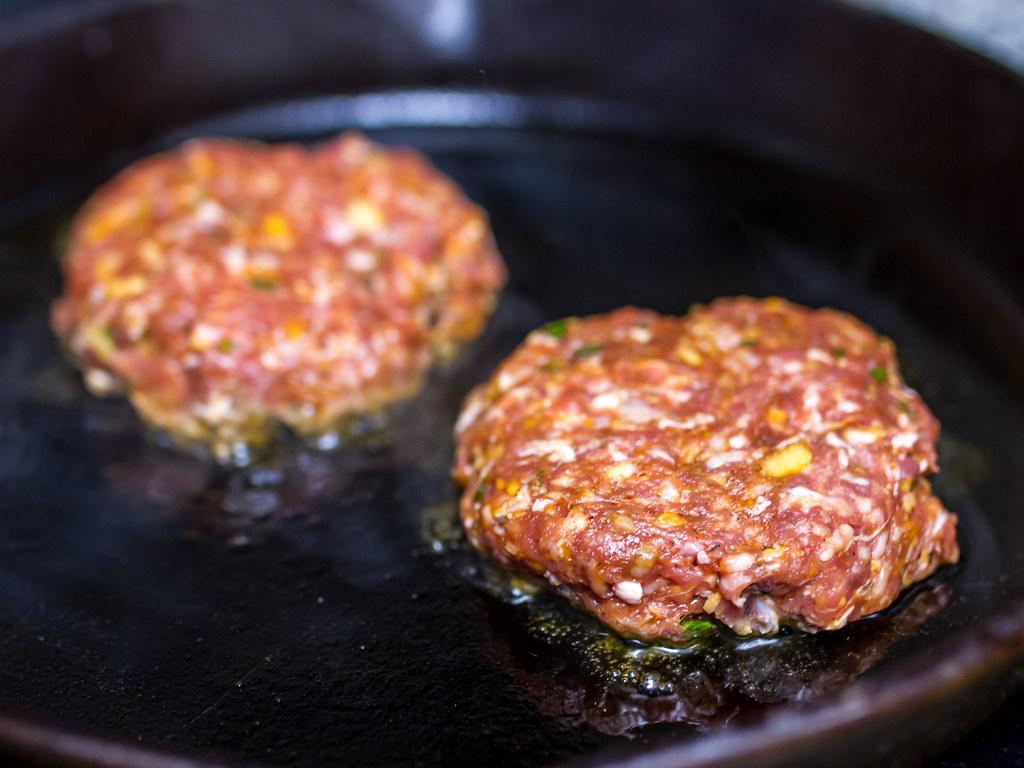 Chefs Plate – Moroccan Lamb Burger