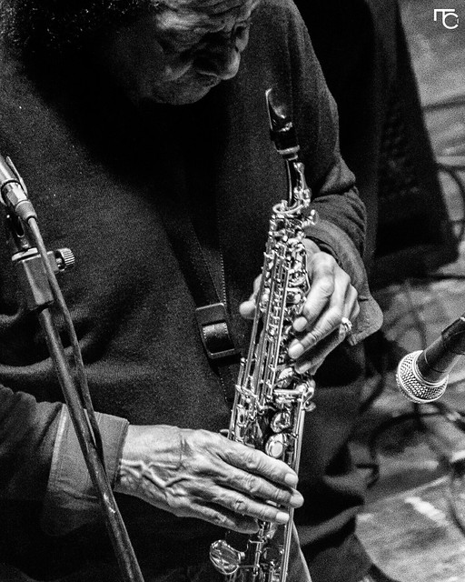 James Senese e Napoli Centrale. #foggia #puglia #italianartist #music #napoli #napolicentrale #jamessenese #voglioviverefotografando #canon #song #songs #melody  #instagood #favoritesong #bestsong #goodmusic #instamusic #photo  #pic #pics #picture #pictur