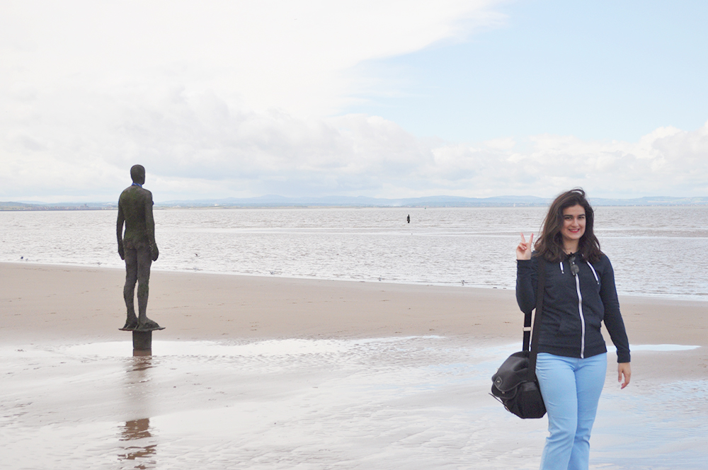 valencia fashion blogger, liverpool fashion blogger, liverpool UK great britain crosby beach tourism sightseeing, tate museum liverpool what to see what to do, lime street station museum of liverpool docks the cavern club visiting