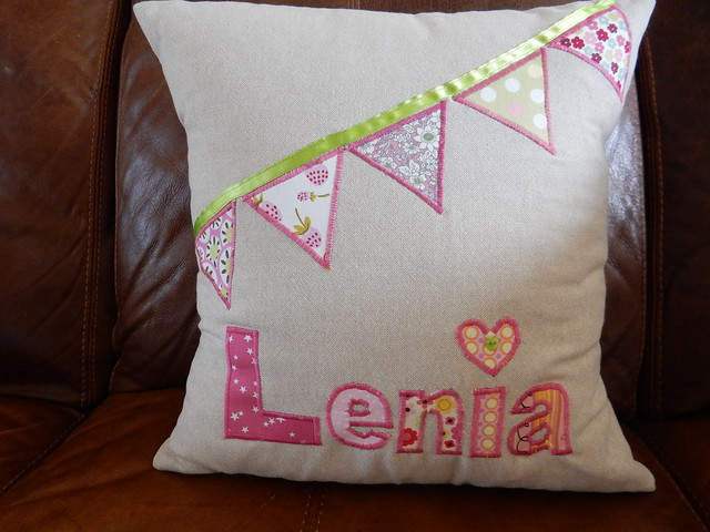 cushion for Lenia (1)