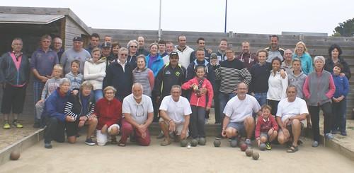 12/08/2015 - Plougasnou : Les participants à la 6ème séance d'initiation gratuite aux boules plombées