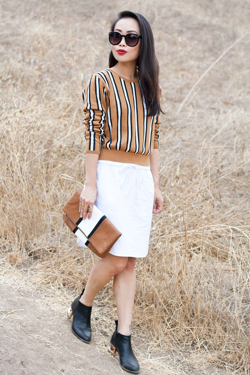 05-stripes-sweater-clutch-cutout-booties-sf-fashion-style