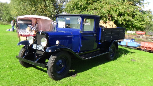 Classic cars at Tanfield Railway Sept 15 (1)