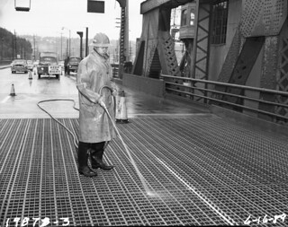 Spokane Street Bridge maintenance, 1959