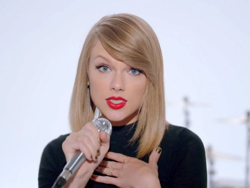 Taylor Swift is being sued... again
