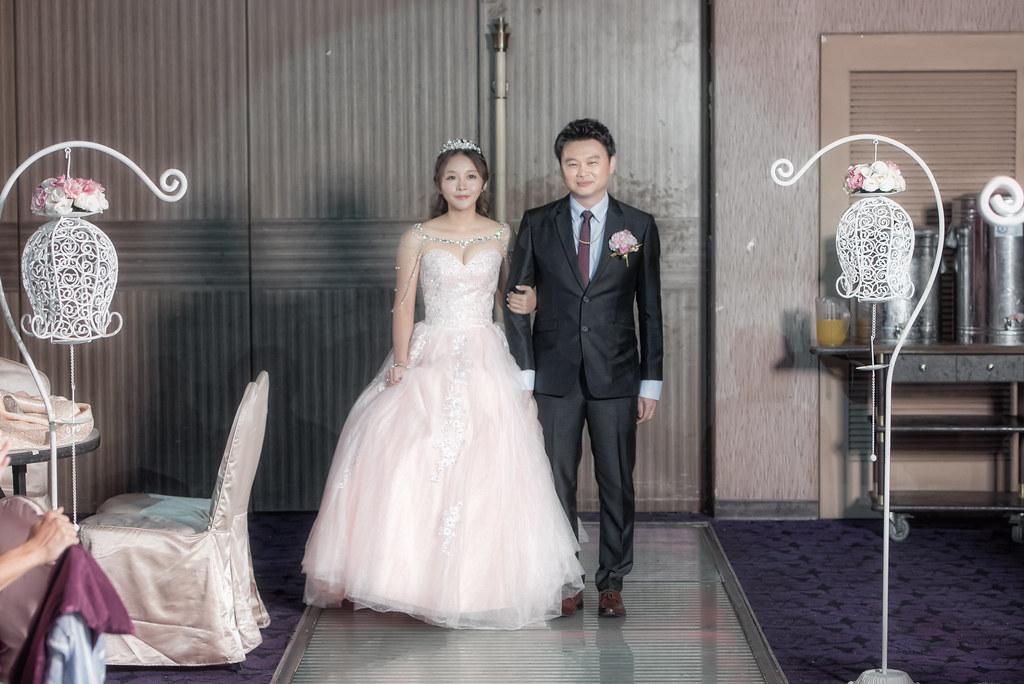 [Dear studio 德藝影像攝影]彰化名富喜宴餐廳婚攝/彰化名富喜宴餐廳婚禮紀錄 -鑫嘉&虹君