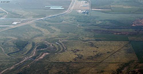 aerial aerialview arroyo battlefield brotoiah brownsvilletohouston commercialflight flight palaalto texas texashistory unitedairlines vacation viewedfromabove windowseat zeesstof