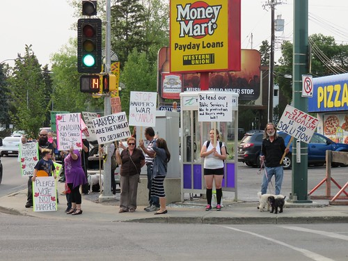 Stop Harper Weekly Picket - August 26, 2015