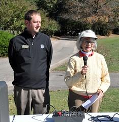 Jeff Englehaupt, Gen. Mgr. of Wildwood Green Golf Club with Rotarian and golf tourny organizer Linda Brooks.
