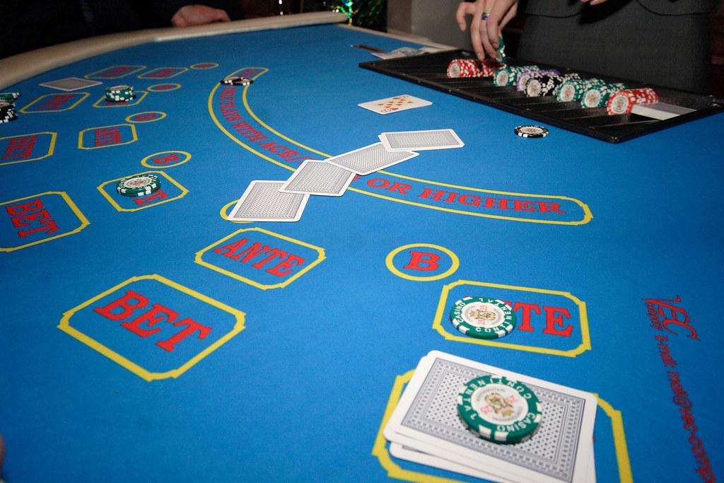Эльдорадо казино на копейки скачать игровые автоматы на андроид книги