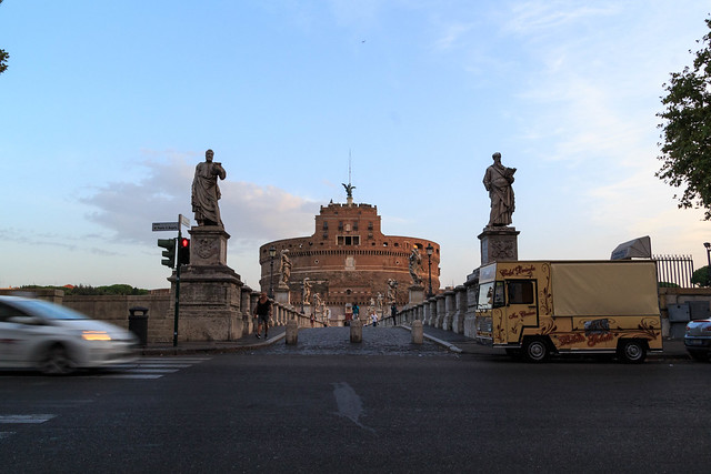 Morning traffic in front of the Castel Sant'Angelo