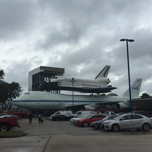Best. Parking lot. Ever. || #SpaceCenterHouston #spaceshuttle #SpaceShuttleIndependence #carpark #parkinglot #Boeing747 #shuttlecarrieraircraft #shuttlecarrieraircraft905
