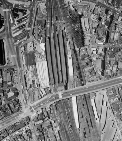 京王線新宿駅とルミネ (13)