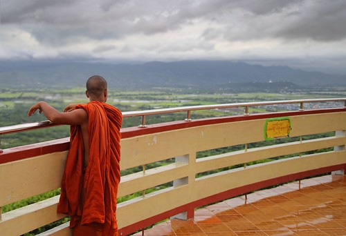 city travel sunset holiday history rain weather clouds stairs sunrise river dark season landscape temple pagoda high king top interior burma centre hill prayer scenic monk landmark climbing rainy monks sacred summit vista myanmar plains visitor viewpoint topf100 buddism birma mandalay pilgrim watchtower 1700 heuvel stairways monasteries irrawady overlooks 100faves mozaiëk 240m mingdon