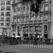 La foule Boulevard Voltaire le samedi 14 novembre 2015 - attentats de Paris by Dann Cé