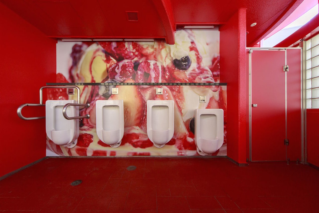 melting-dream-public-toilet-8
