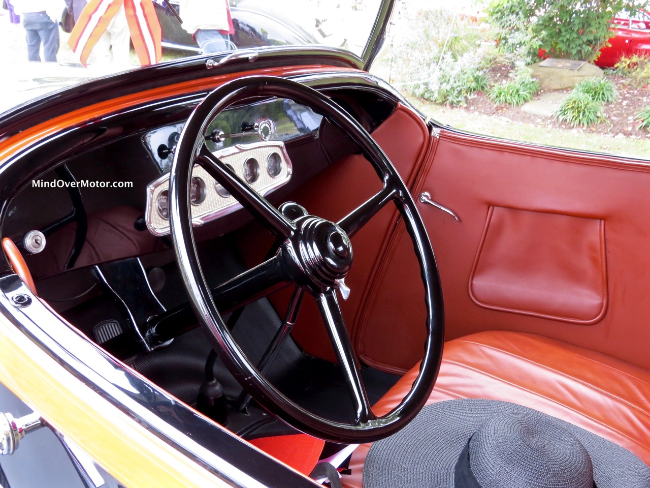 1932 Plymouth P8 Roadster Interior
