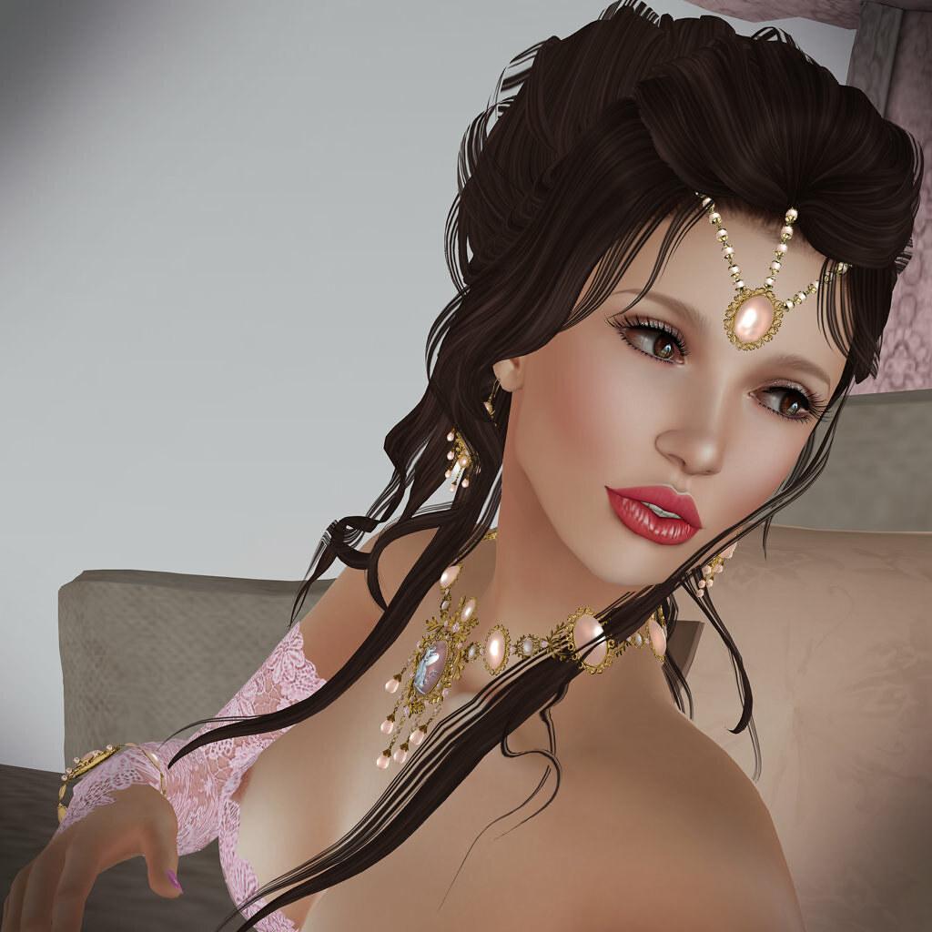 Lumae skin, Madeline jewelry by Zuri Rayna