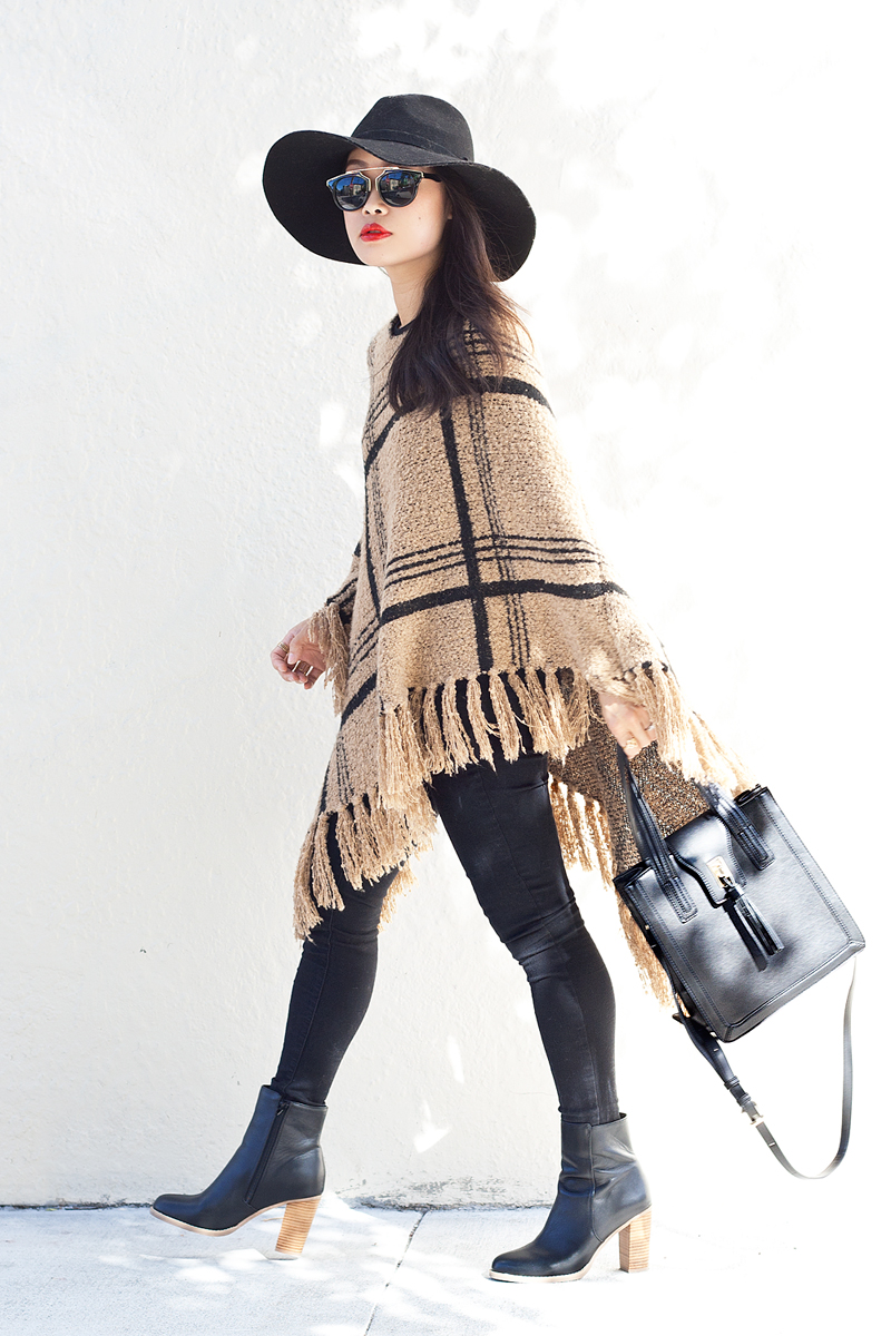 08-plaid-knit-fringe-poncho-hat-sf-fashion-style
