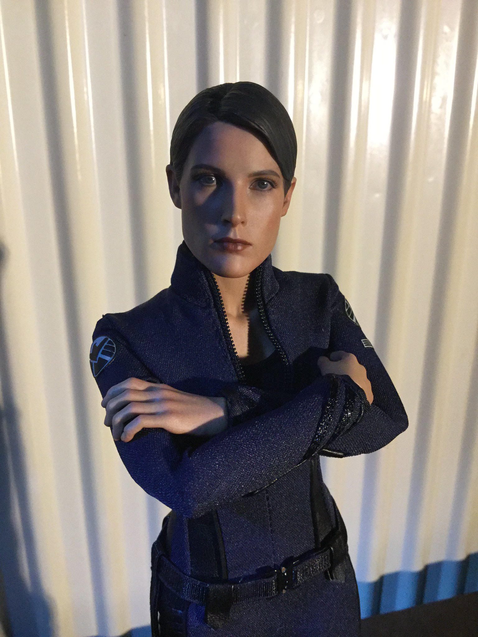 [REVIEW] MMS 305 - Avengers Age of Ultron : Maria Hill (Hot Toys - 2015 Toy Fair Exclusive) 22565546910_17f68d96b5_k