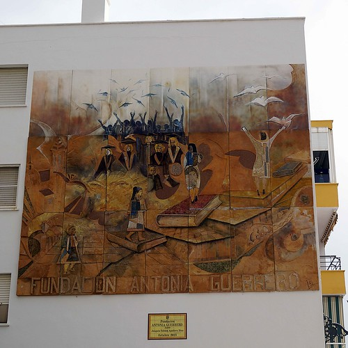 Murales Artísticos de Estepona (Spain): Fundacion Antonia Guerrero (Antonia Guerrero Foundation) by Joaquín Fabian Aguilera Diaz