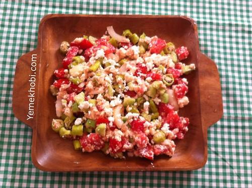 çökelekli salata
