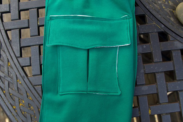 green pintuck_pocket