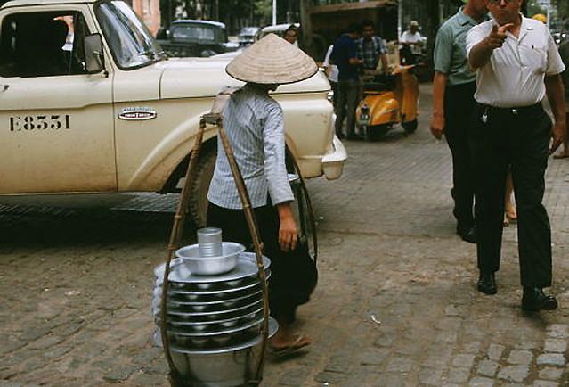 SAIGON 1966 - Food Vendor