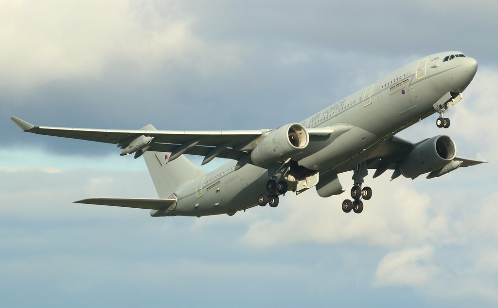 ZZ335 - A332 - Royal Air Force