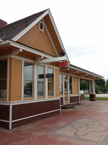 station iowa trainstation depot jefferson us30 greenecounty lincolnhighway chicagomilwaukeesaintpaulandpacificrailroad