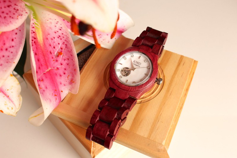 JordMotherofPearl, woodwatches, Naturalwatches, waterproof. watches