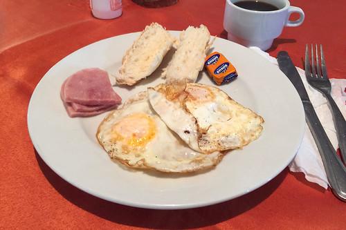 01 - Frühstück / Breakfast