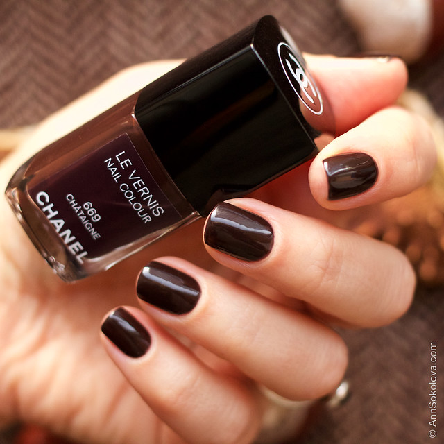 05 Chanel Le Vernis 669 Chataigne Ann Sokolovs swatches