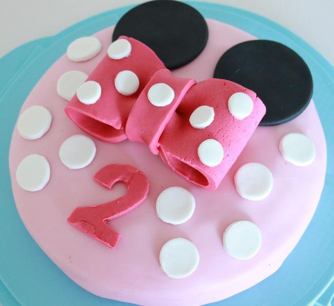 gâteau_d_anniversaire_minnie_pour_les_grands_et_les_petits_blog_patisserie_la_rochelle_1