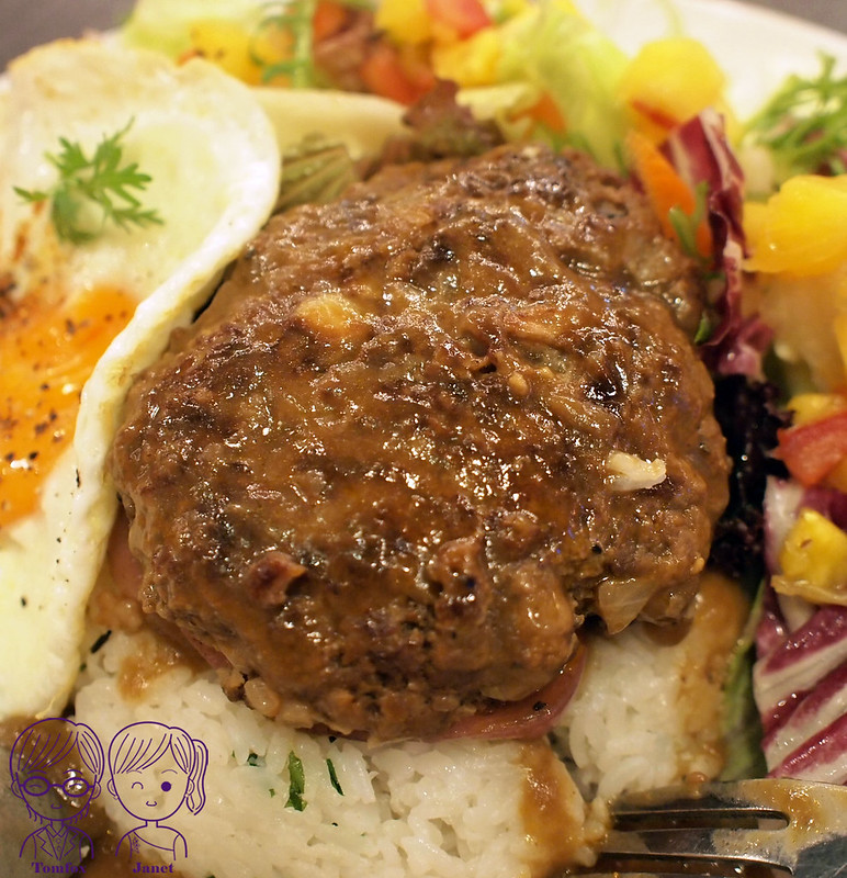 34 樂子美式餐廳(南港店) 夏威夷漢堡排飯