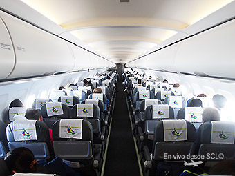 Sky Airline A319 Brasil interior (RD)