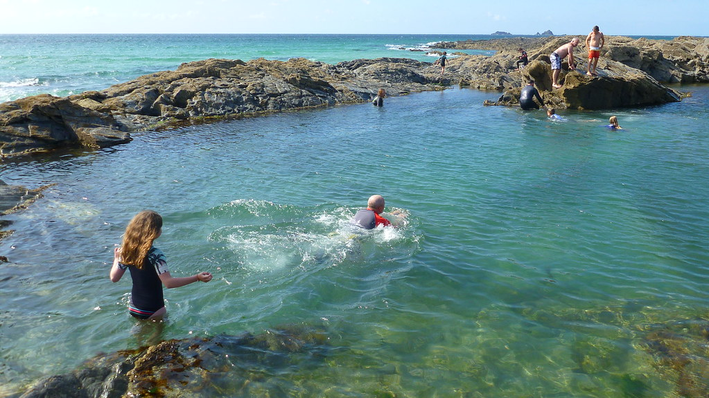treyarnon bay, wild swimming, sunset, pepper cove, fox cove, warren cove