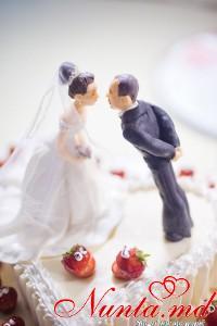 COLIBRI > Торт Премьер от Colibri для лучшей любящей пары