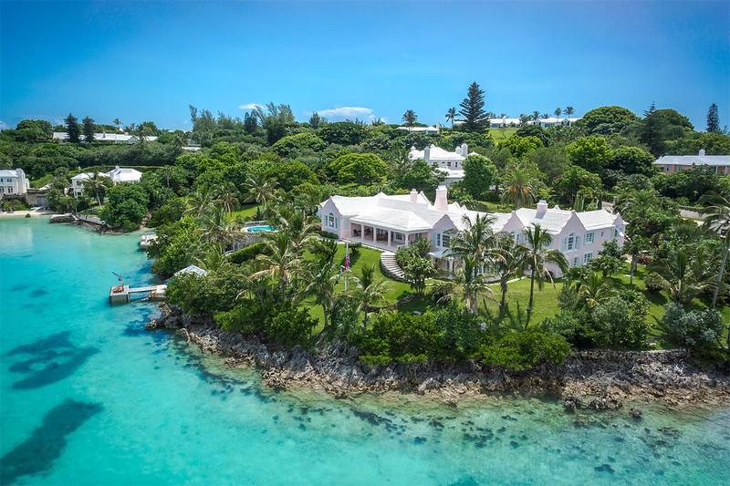 Вилла на Бермудских островах Pink Chimneys