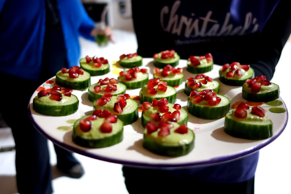 Rennie Happy Eating with Sorted Food: Canapes