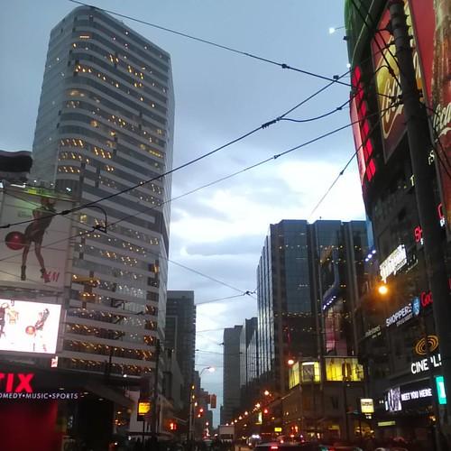 Looking west in the evening rain #toronto #yongeanddundas #evening #rain