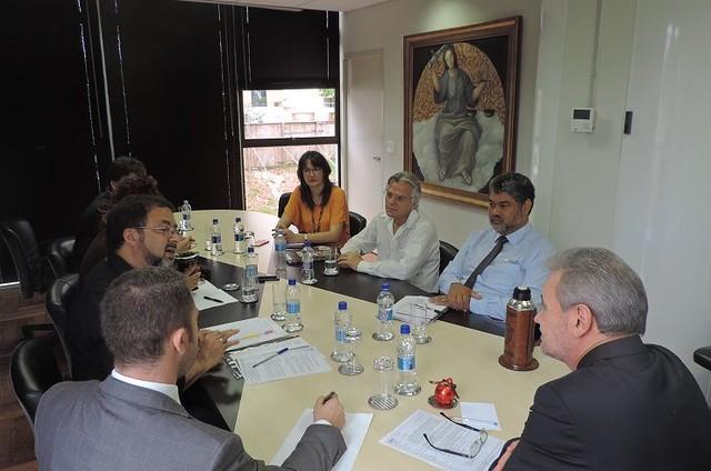 APP-Sindicato se reuniu com representantes do MP nesta quarta-feira (14) para pedir providências - Créditos: Fabiane Lourencetti Burmester