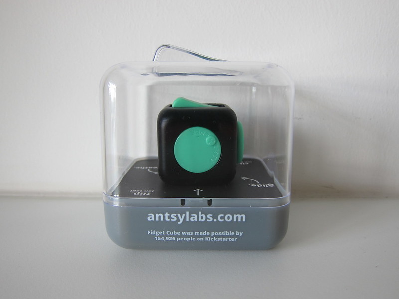 Fidget Cube - Green/Black - Box Back