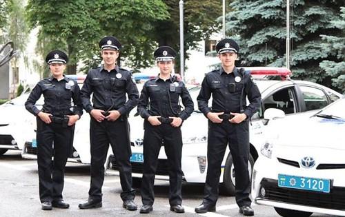Із 7 листопада міліції в Україні не буде