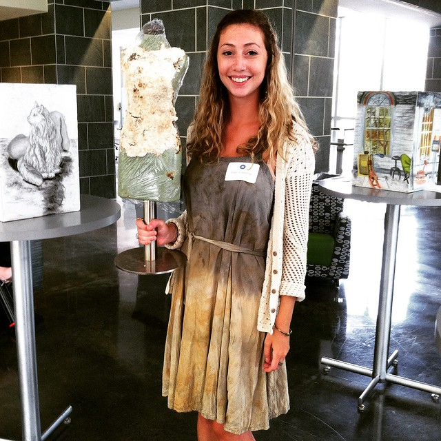 Student converts mushrooms into useable fabric