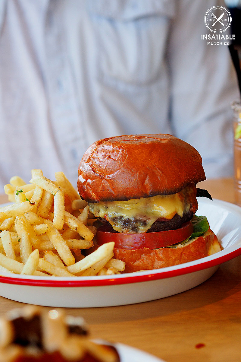Sydney Food Blog Review of Bloody Mary's, Darlinghurst: Bloody Mary's Beef Burger, $19